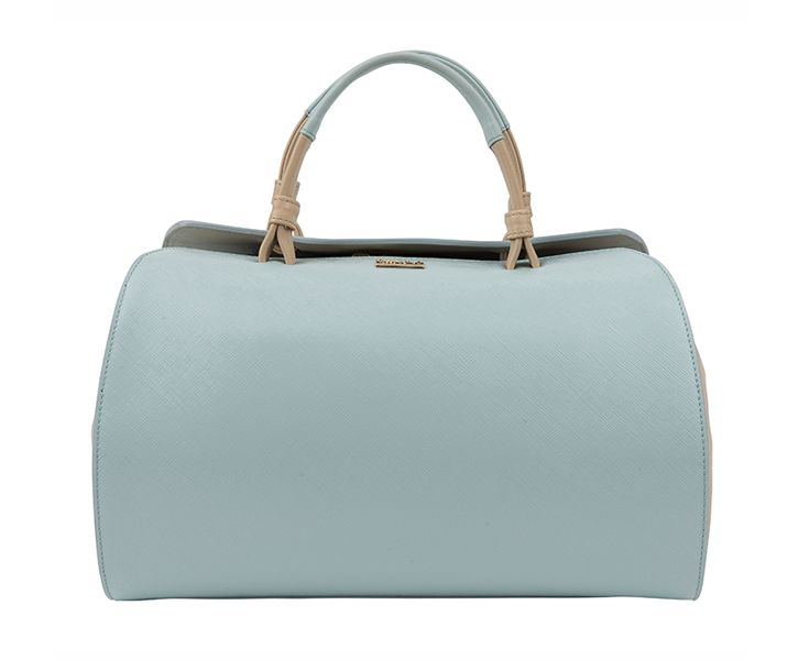 Pale blue meets beige: #Furla bag adds elegance to every winter pastel outfit #ParndorfMustHave