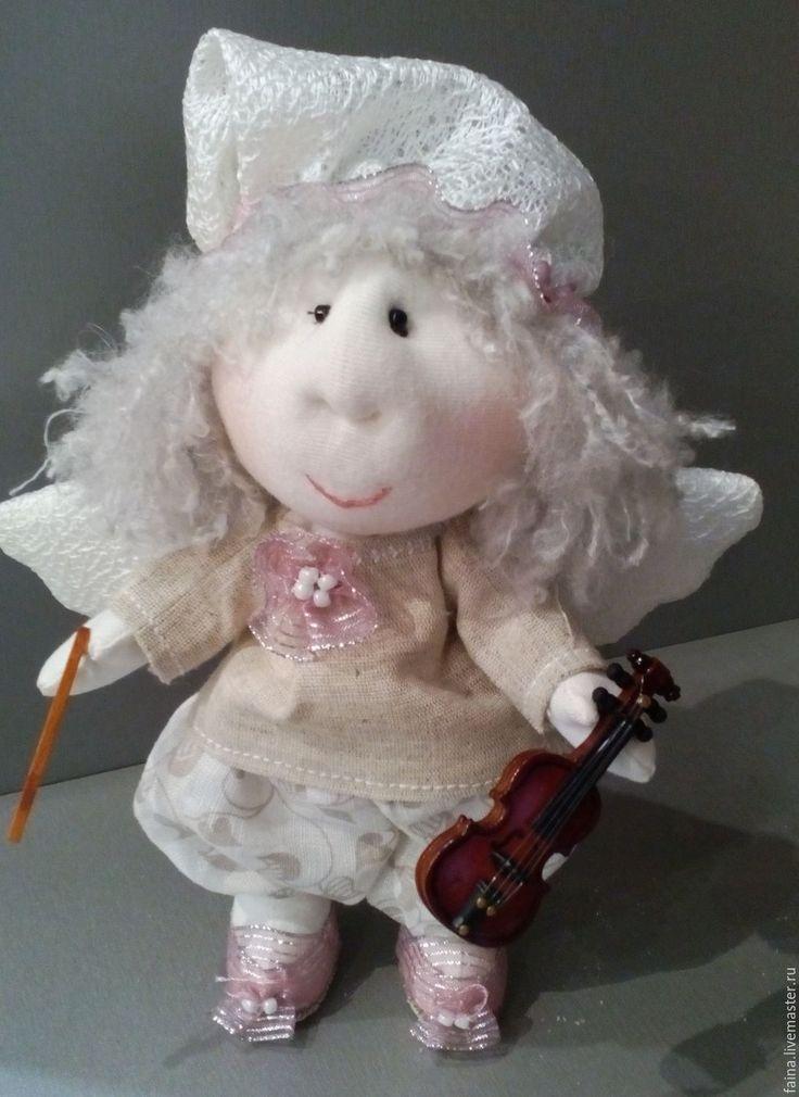 Купить Ангел со скрипкой - бледно-розовый, подарок, сувенир, романтика, нежность, скрипка. Нежный ангел для романтичного настроения. В руках скрипка из дерева. Подарить фигурку ангела можно по любому поводу: на крестины, день ангела, день рождения. Ручная работа