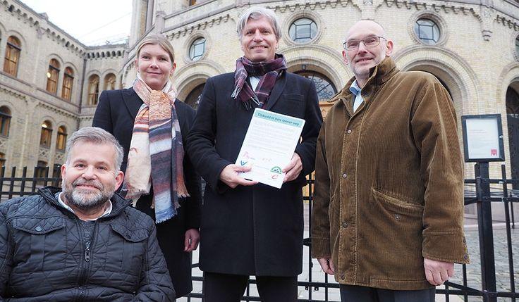 Enige om at regjeringen må reversere kuttet i heistilskuddet > Norske Boligbyggelag