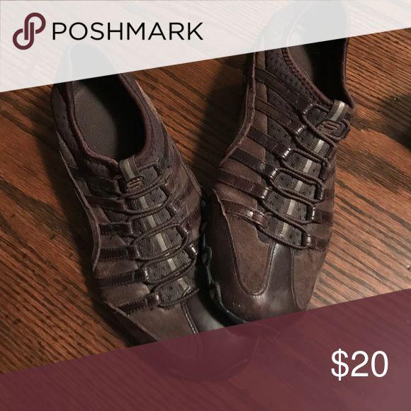 Sketchers slip on tennis shoe Sketchers brown slip on tennis shoe Skechers Shoes Athletic Shoes
