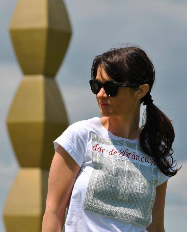T-shirt Mândră Chic: MÂNDRE CHIC Dor de Brâncuși cu Dana Oniga #DOR #lablouseroumaine #Brâncuși