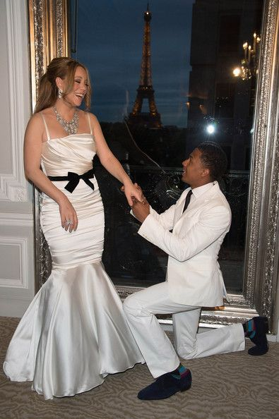 Mariah Carey Photos Photos - Mariah Carey and her husband Nick Cannon during their wedding vows renewal ceremony, photocall on April 27, 2012 in Paris, France. - Mariah Carey And Nick Cannon Vows Renewal Ceremony - Photocall