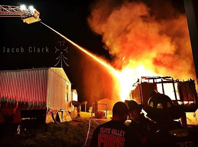 FEATURED POST   @firefightersleague -  Teays Valley Fire Dept Teays Valley WV   : @_clark__ ___Want to be featured? _____ Use hastag chiefmiller  WWW.CHIEFMILLERAPPAREL.COM . . CHECK OUT! Facebook- chiefmiller1 Periscope -chief_miller Tumblr- chief-miller Twitter - chief_miller YouTube- chief miller  #firedept #thinredline #firefighting  #fire