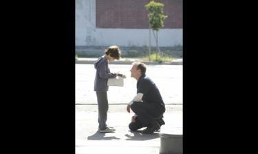 「TOUCH/タッチ」 天才児がヒーロー的じゃなく、父親も、耐えず悩みながら答えを探しているところがいいです。