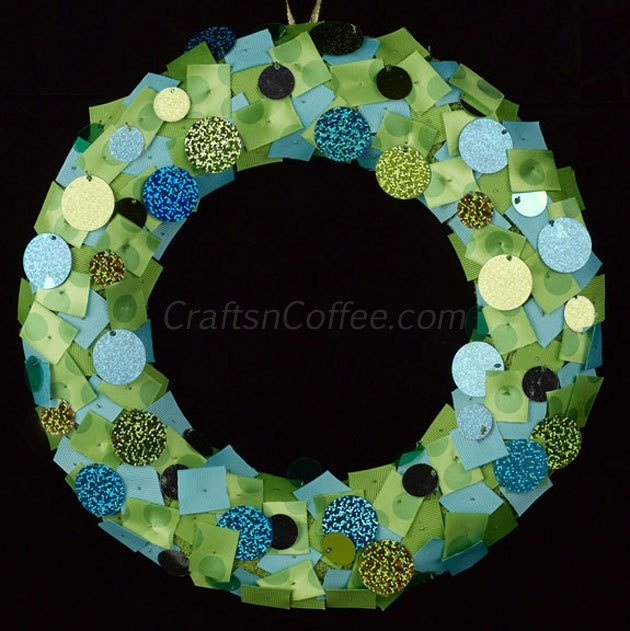 Make An Easy Ribbon Sequin Christmas Wreath From Crafts