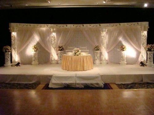 Snow White Wedding Stage - Makes your wedding a pleasure -Patiala, India