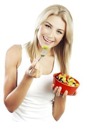 Segundo especialistas, o café da manhã pode equilibrar a alimentação como um todo ao longo do dia Foto: Getty Images