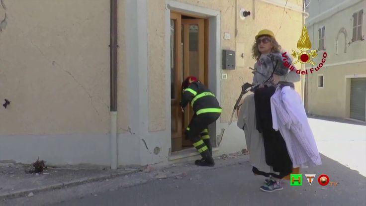 Vigili del Fuoco - Pieve Torina - Recupero beni privati da abitazione ci...
