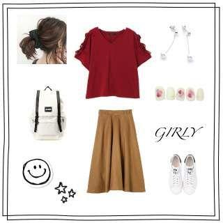 カジュアル/おでかけ/赤Tシャツ/キャメル スカート/GRL/adidas/白 リュック/プチプラ/ガーリーカジュアル/夏コーデに関するコーデ実例