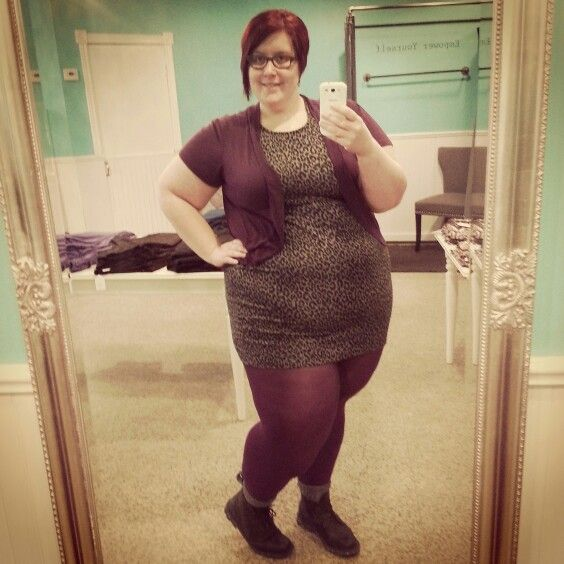 Busting out the purple Teggings! Bold colours for the win! #effyourbeautystandards #Renegade #ldnont #plussize #curvy