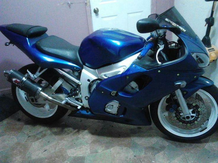 2003 Yamaha R6 for sale!!! $3000...will consider trade.