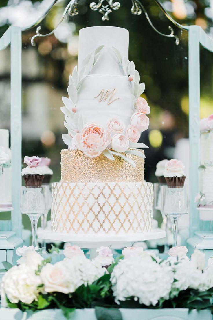 The dreamiest romantic wedding cake.