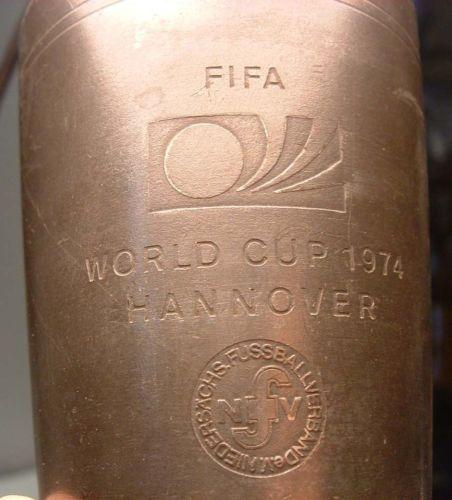 Fifa-World-Cup-1974-Hannover-fussballverband-niedersachs-Peltre-Vidrio-Trofeo