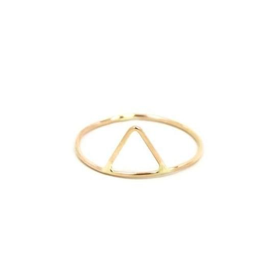 This looks great on its own or mixed up or down with other stacking rings.