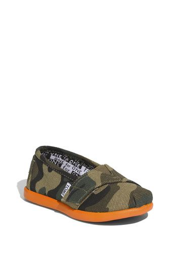 TOMS 'Camo' Slip-On! OMG!!!! I NEED A LITTLE BOY TO PUT IN THESE CUTE SUCKERS!