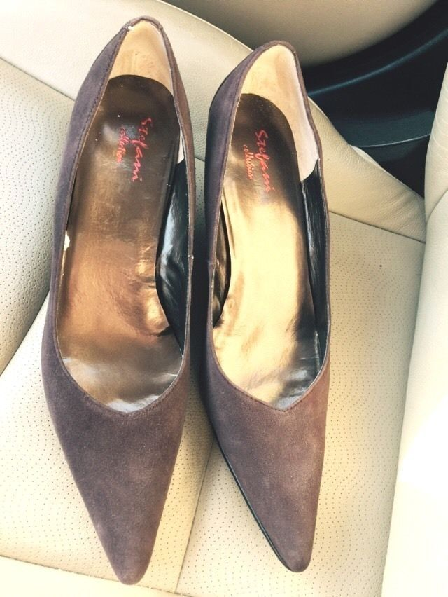 SOLD!! STEFANI COLLECTION Chocolate Brown Suede 3