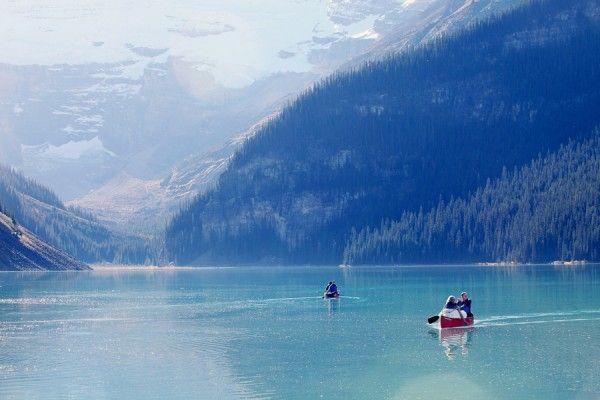 Fairmont Chateau Lake Louise #breathtaking #mountains #lake