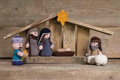 Crochet Christmas ❥ 4U hilariafina http://www.pinterest.com/hilariafina/