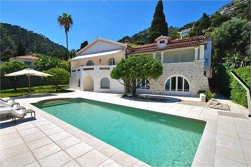 Villa In Eze (MD2438541) -  #Villa for Sale in Alpes-Maritimes, Bretagne, France - #AlpesMaritimes, #Bretagne, #France. More Properties on www.mondinion.com.