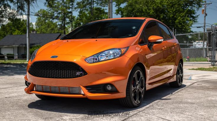I Took A Picture Of My Buddy S Orange Spice Fiesta St And Wow It Pops Hard Fiestast My Pictures My Buddy Fiestas