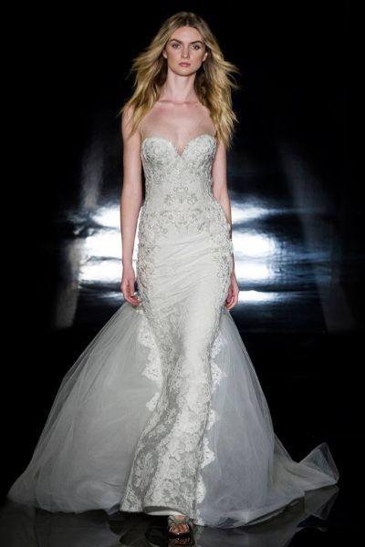 Vestidos de novia escote corazón 2017: 30 magníficos diseños que te harán soñar Image: 21