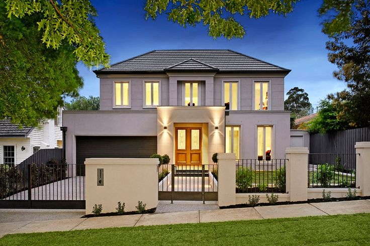 This luxury home is appointed to the highest standards and built with luxury living in mind, this superior home moves through a series of stylish, sophisticated living zones.