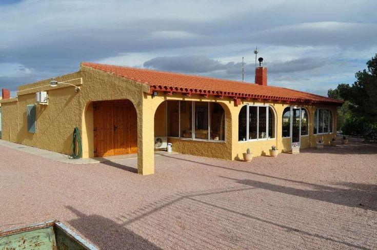 Landhaus mit Charme  Details zum #Immobilienangebot unter https://www.immobilienanzeigen24.com/spanien/03688-la-canalosa/Villa-kaufen/27133:41938008:0:mr2.html  #Immobilien #Immobilienportal #LaCanalosa #Haus #Villa #Spanien