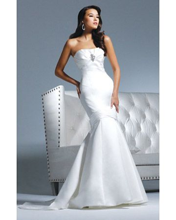 David Tutera	Trumpet Gown by Faviana