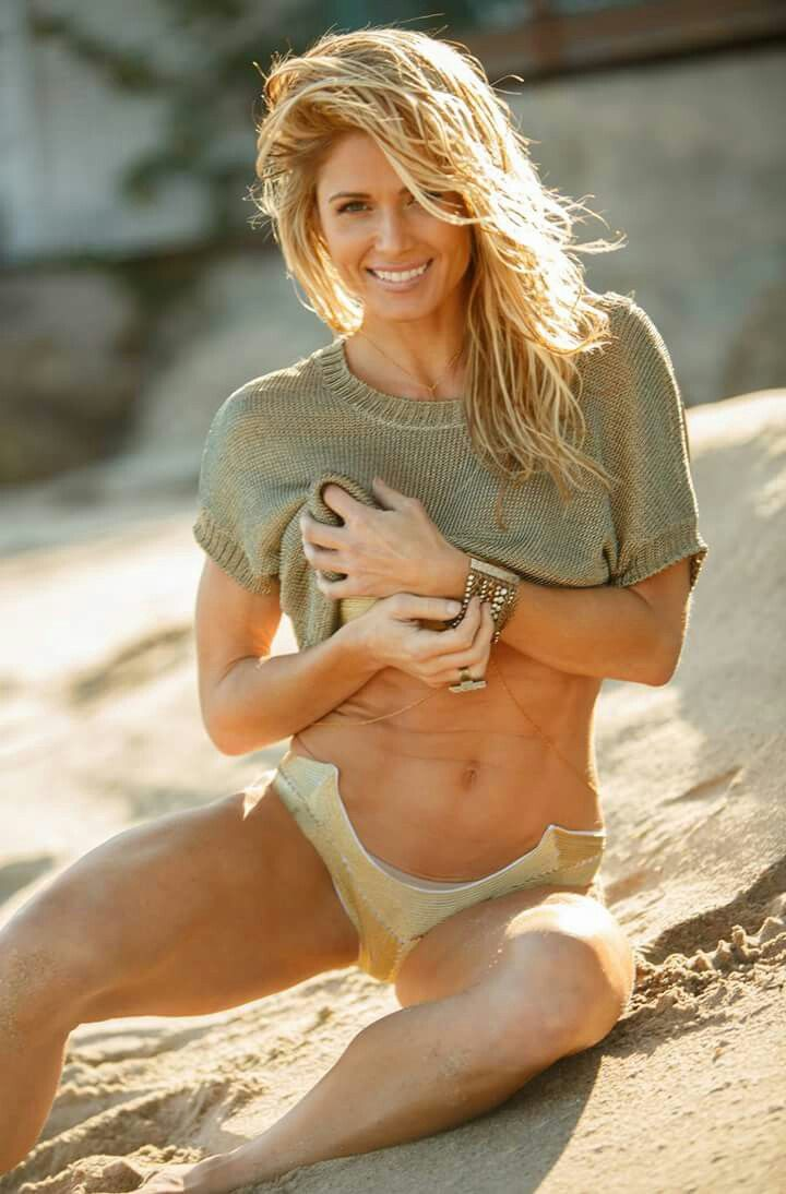 torrie wilson in shower