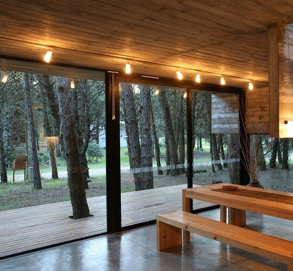 The 25+ Best Ideas About Haus Im Wald On Pinterest | Baumhaus ... Glas Fassade Spiegelfassade Baumhaus