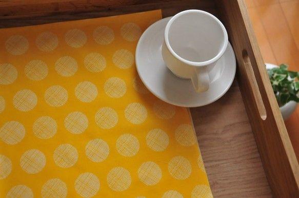 フロリダのART GALLERY FABRICSから届いた水玉シリーズ。 大き目の水玉模様がとってもキュートな黄色の布地。ART GALLERYの布地はすべて...|ハンドメイド、手作り、手仕事品の通販・販売・購入ならCreema。