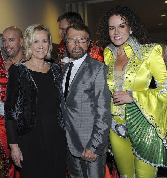 Resultado de imagen de agnetha and Bjorn mamma mia musical premiere in Copenhagen 2010