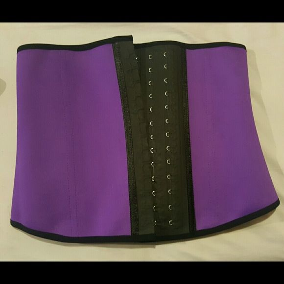 New Waist Trainer for SALE Waist Trainer available in 7 different colors. Colors available are: 3 different shades of Pink, Purple, Dark Blue, Baby Blue, and Green . Sizes available are S-3XL. Message me for more information. Shipping available at additional cost.    Fajas disponibles en 7 differentes colores. Colors disponibles son 3 diferentes tonos rositas, Morado, azul oscuro, azul claro, y verde. Tallas disponibles son S-3XL. mandar mensaje para m?s informaci?n. Intimates & Sleepwear…