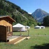 Camping MANDALA - Location de yourte et chalet Alpes de Haute Provence www.vacances-originales.fr