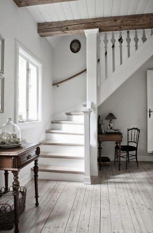 whitewashed floor, mixing wood tones @Remodelaholic