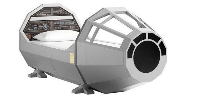 Galaxy Fantasy: Los niños viajan por el espacio en sueños con una cama igual que la cabina del Halcón Milenario