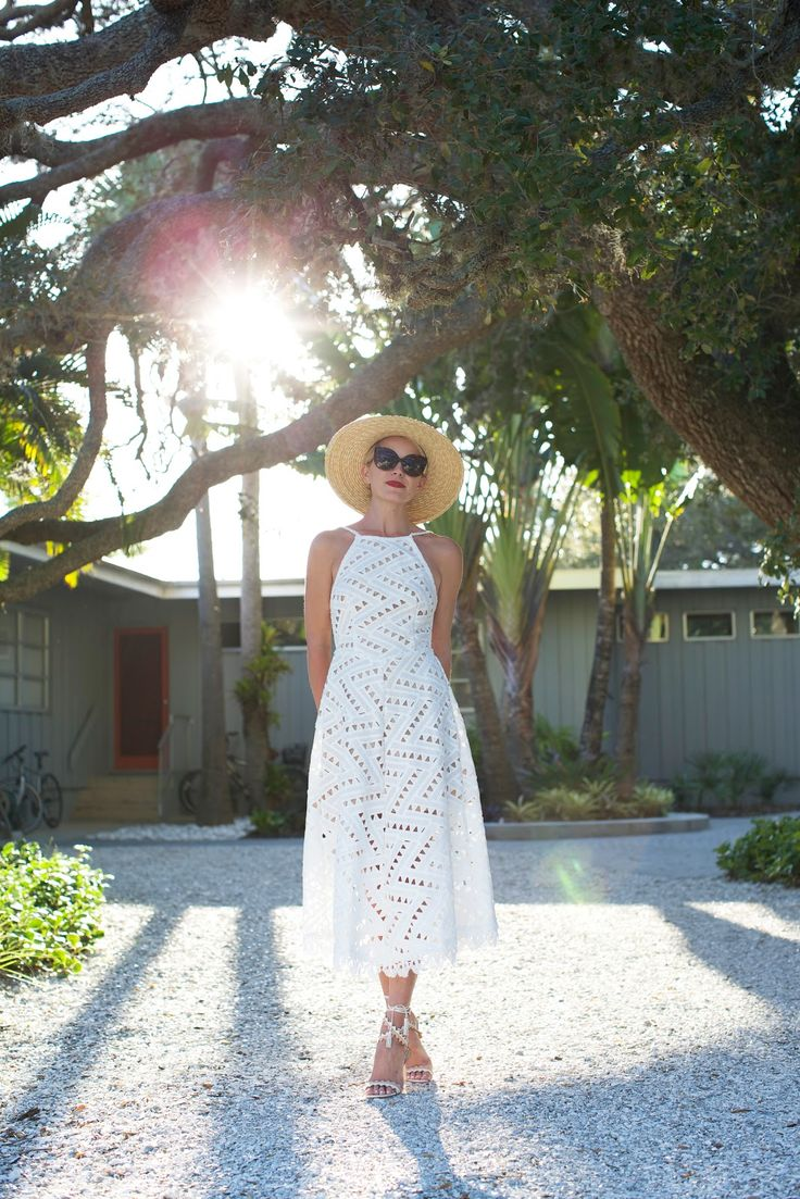 Click through for outfit details! geo // light | // Atlantic-Pacific, Blair Eadie Memorial Day outfit ideas