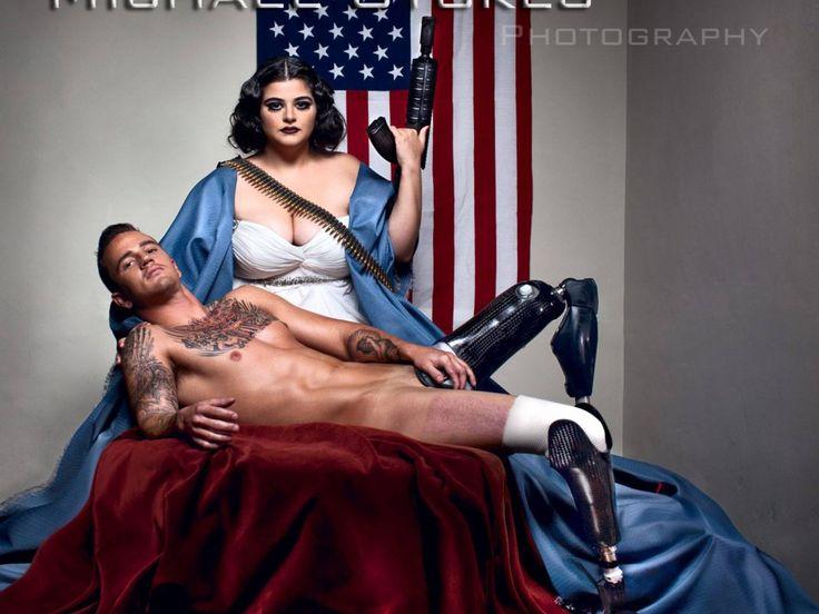 Σέξι, ακρωτηριασμένοι και περήφανοι: Βετεράνοι του πολέμου φωτογραφίζονται γυμνοί σε ένα πρωτοφανές και υπέροχο λεύκωμα