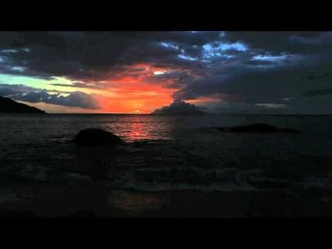 Marconi Union - Weightless (Radox) HighQuality Audio (most relaxing tune)