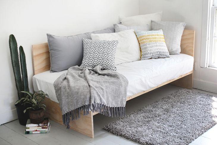 cama de solteiro com espaço para cama auxiliar - bicama