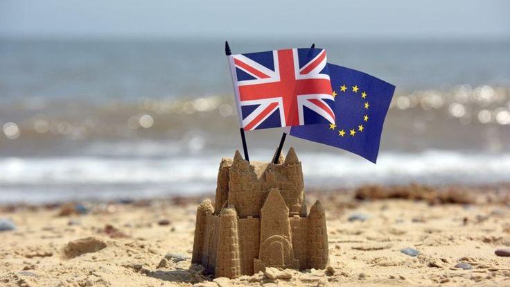 UK votes to leave & Cameron quits: http://www.bbc.co.uk/news/live/uk-politics-36570120 +++   EU referendum: UK reaction: http://www.bbc.co.uk/news/uk-politics-36618369