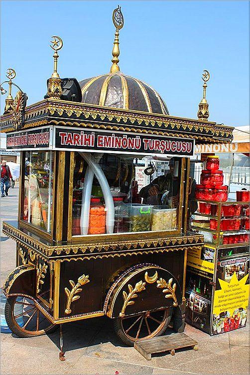 Street food in Turkey | with Pin-It-Button on http://www.wildjunket.com/2010/08/10/gastronomic-travel-street-food-in-turkey-and-egypt/