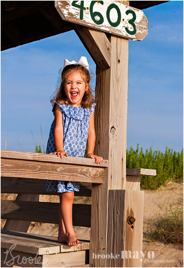 nags head, cottage, beach cottage, family portrait, toddler, outer banks, obx, beach, Brooke Mayo, www.brookemayo.com