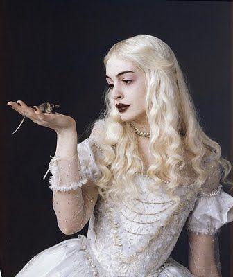 Reina Blanca_Alicia en el País de las Maravillas.