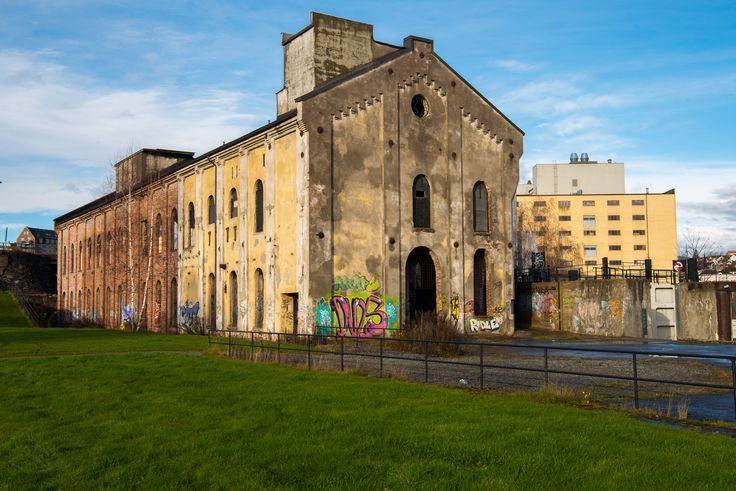 https://flic.kr/p/228oKYL | PM5 | Old Industrial building on Smiøya SKien
