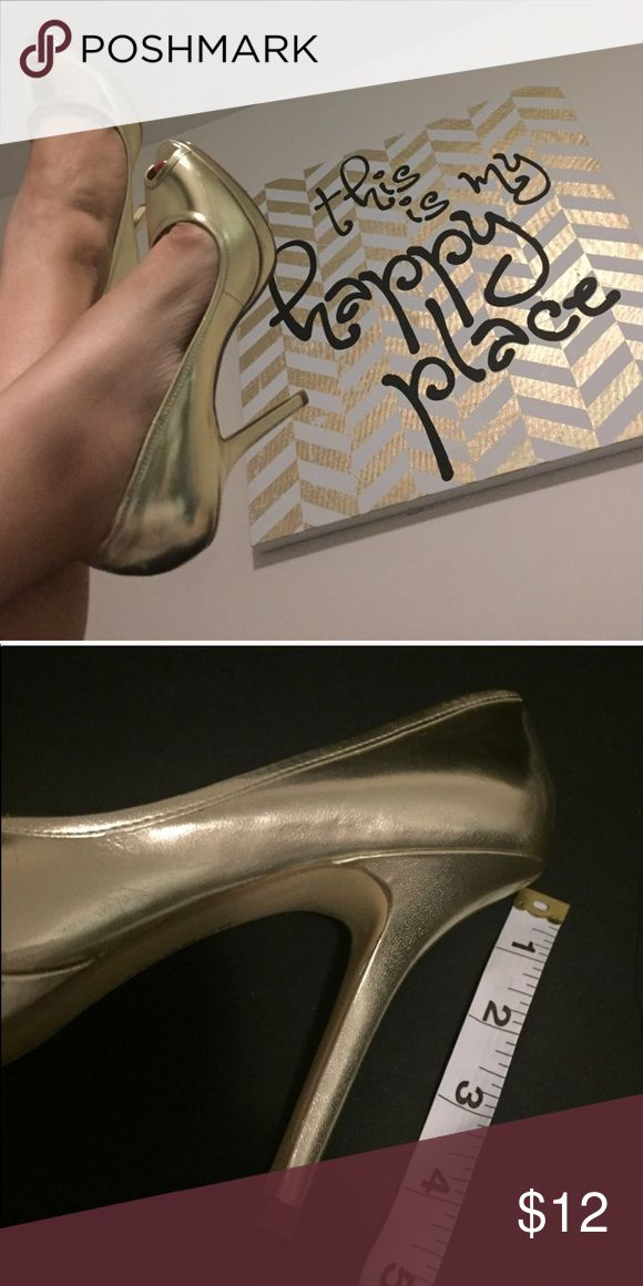 BCBG gold peep toe heels Bought from a previous posher, beautiful gold metallic peep toe heels SZ 7.5 BCBG Shoes Heels