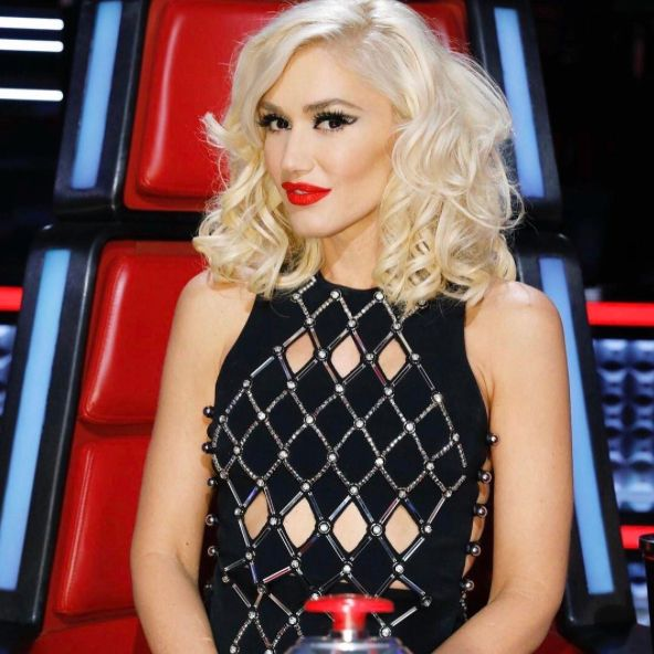 Gwen Stefani Just Got The Cool Girl Cut Of 2017And we're #girlcrushing in a major way.#gwenstefani #hair #hairstyle