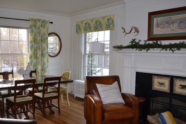 The Lovely Residence: It's all in the Fabric  Paint Cornice board