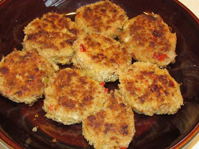 Freezable Mini Crab Cakes Recipe and Charleston Memories - Thriving Home- freeze before cooking