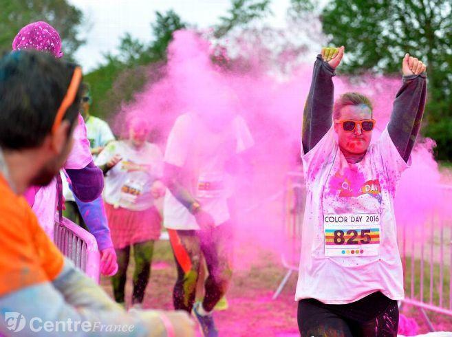 La ColOrléans, une course qui donne des couleurs au centre-ville